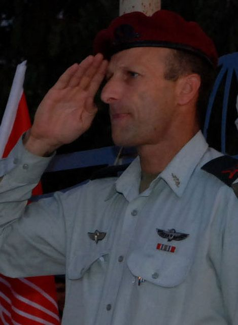 Colonel Hartzi Halevi _ Paratroops Brigade Commander1