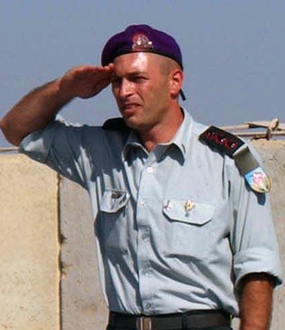 Colonel Ron Ashrov_001